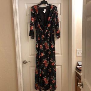 Rose Detailed Maxi Dress
